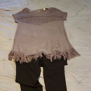 B.K.E. size L purple fringe sweater